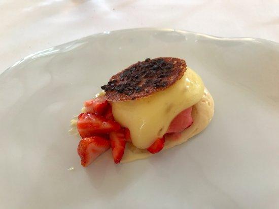 Bouliac, Frankrijk: Dessert aux fraises et citron