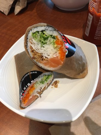 Nottingham, MD: Flying Salmon Sushi Burrito
