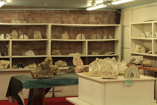 Consolidated Rock & Mineral Shop: One of the side rooms