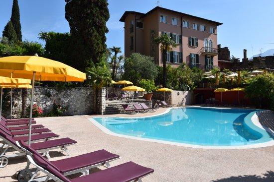 Hotel Villa Miravalle Photo