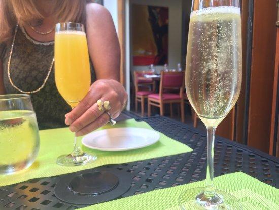 La Tour Restaurant: photo0.jpg