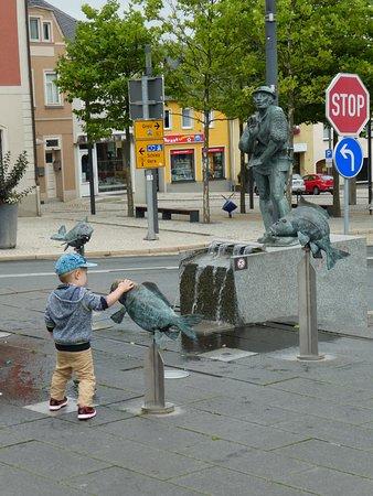 Karpfenpfeiferbrunnen