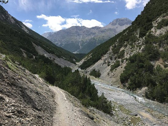 Hotel Sonne: Alp Mora in Richtung Lago di San Giacomo