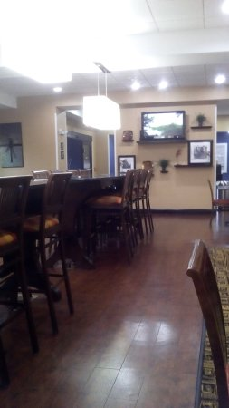 Galax, VA: sala de desayuno espaciosa y de buen gusto