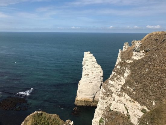 Etretat, Prancis: The pinnacle  L'Aiguille creuse
