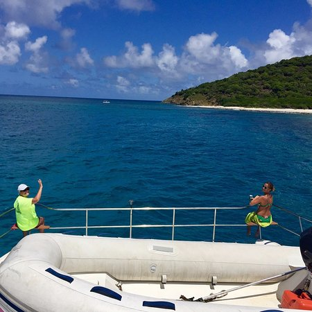 What to do and see in Red Hook, U.S. Virgin Islands: The Best Places and Tips