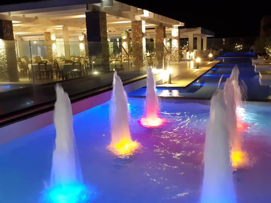 Diamond Deluxe Hotel & SPA - Adults Only: night time
