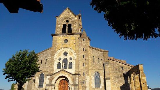 Frias, Spain: Parroquia de San Vicente