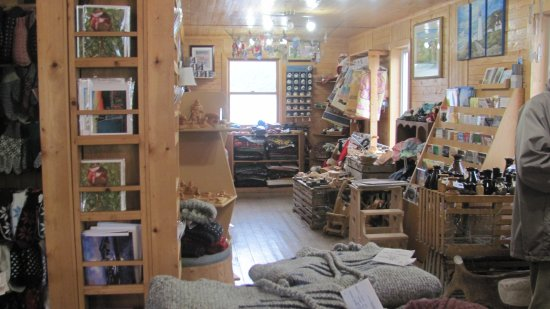 Woody Point, Canadá: Inside craft shop