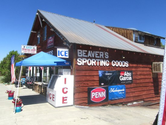 Beaver's Sporting Goods, Lee Vining, Ca
