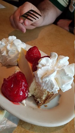 The Cheesecake Factory: 20170816_115817_large.jpg