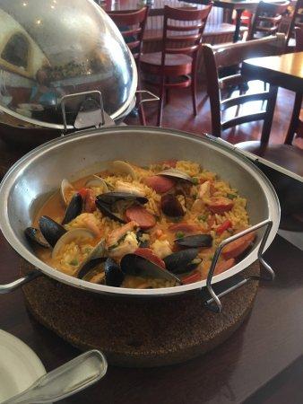 Azorean Restaurant and Bar: photo0.jpg