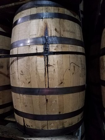 Fredericksburg, VA: Barrel Candy