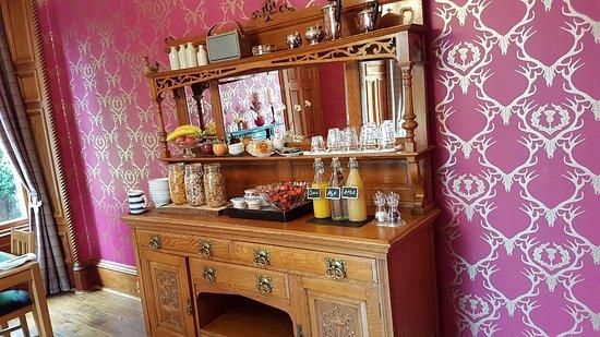 Grantown-on-Spey, UK: Buffet for breakfast
