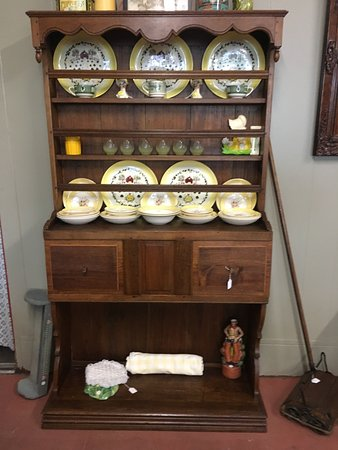 Taylor, TX: French Country Cabinet