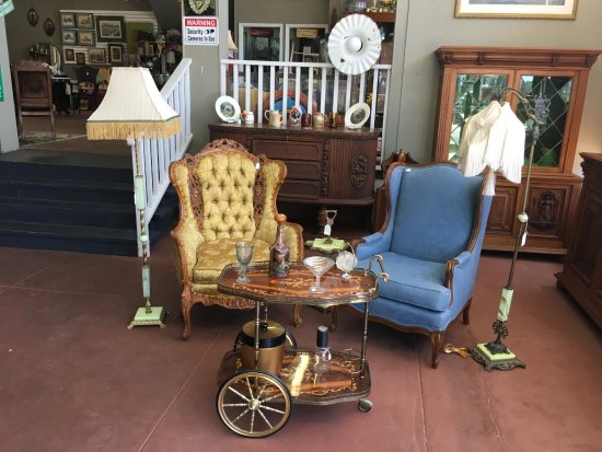 Taylor, TX: Wingback Chairs with Italian Inlaid Drinks Cart