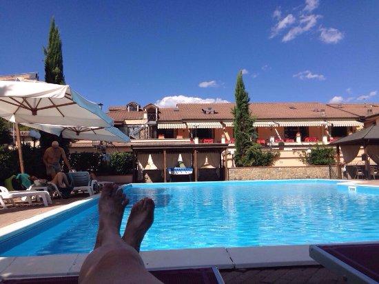 Poppi, Italië: Piscina e cena al Parc Hotel