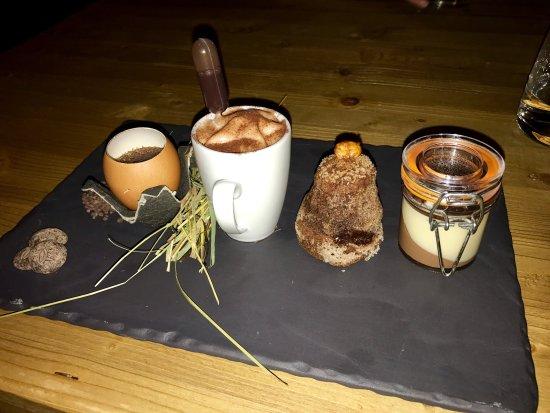 Epoca Restaurant: photo2.jpg