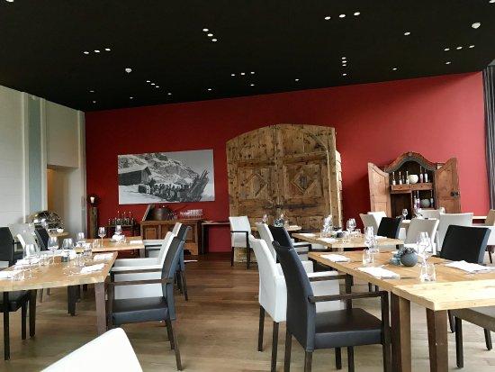 Epoca Restaurant: photo4.jpg