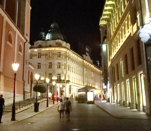 Grand Hotel Union : Grand Hotel Night View from the Plaza Prěsernov