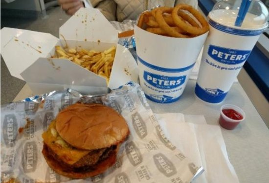 Peters' Drive-In: It looks messy and tastes fine!