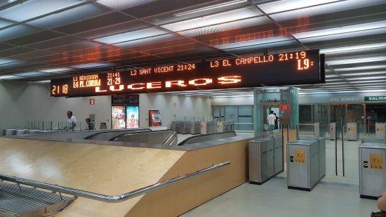 Tranvía de Alicante: 20170816_211752_large.jpg