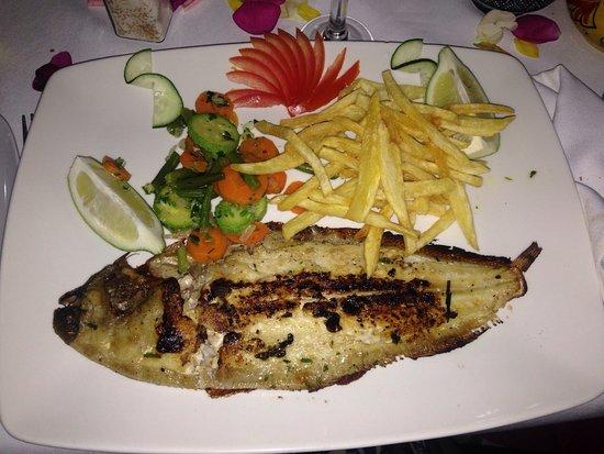 La Lampara : Heerlijk! Zelf gemaakt friet en perfecte vis 👌🏽