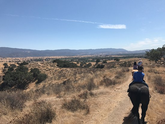 Santa Ynez, CA: Looking out over the valley