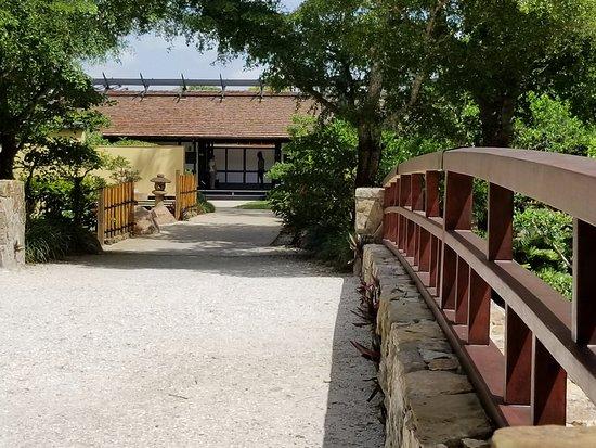 Morikami Museum & Japanese Gardens: Bridge to Yamoto-Kan