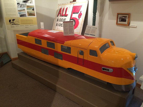 Rehoboth Beach Museum: Locomotive from Funland on the boardwalk at Rehoboth Beach