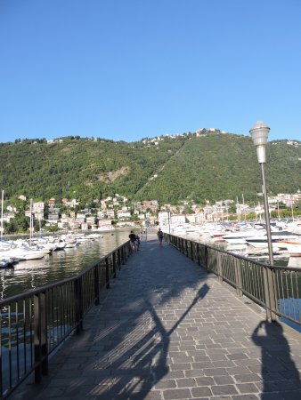 Lombardy, Italy: de lange brug