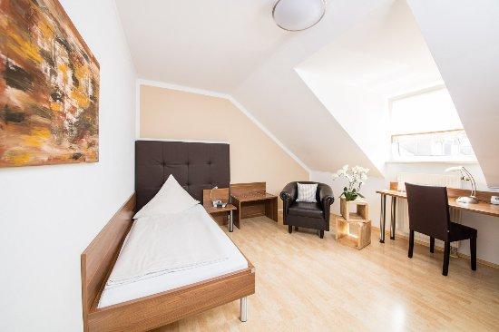 Dingolfing, Alemania: Einzelzimmer Standard