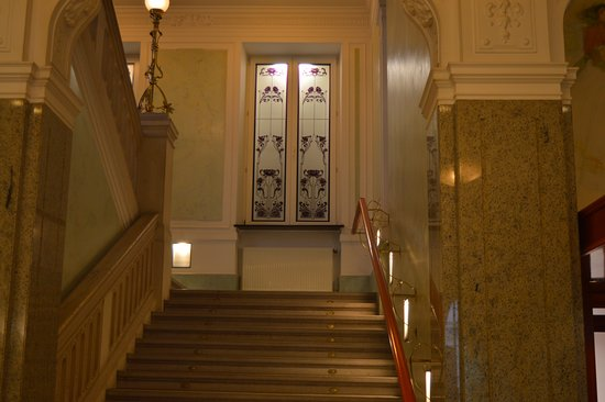Grand Hotel Union : stairs
