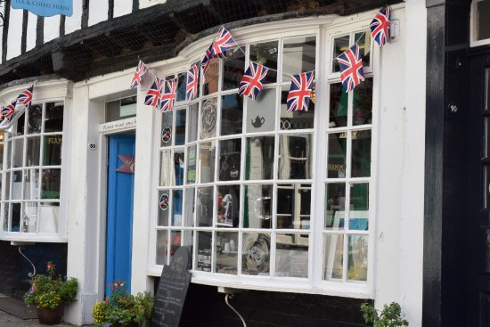 Steep Hill: Very British