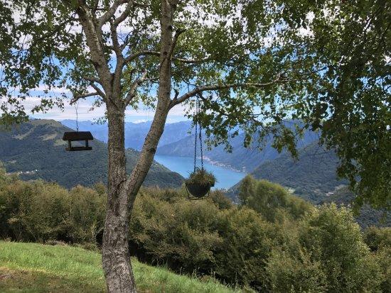 Castiglione d'Intelvi, Italië: photo0.jpg
