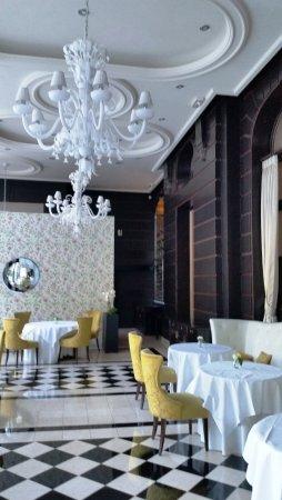 Waldorf Astoria Trianon Palace Versailles Photo