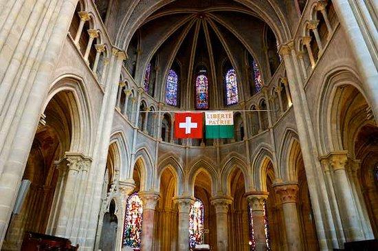 Resoration of original colours inside Cathedrale de Lausanne