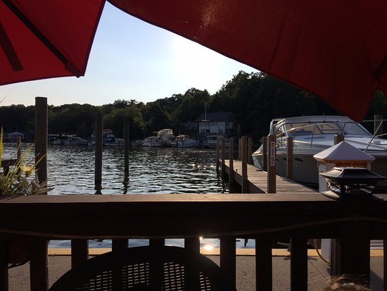 Saugatuck, MI: The view from our Mermaid table.
