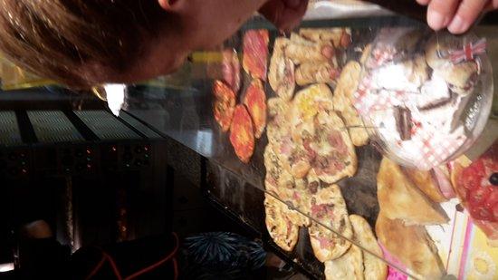 Pizzeria Da Walter: 20170813_202925_large.jpg