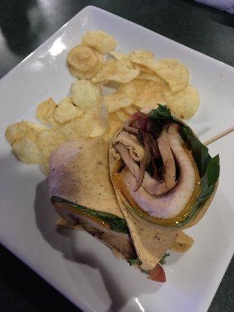 McHenry, Мэриленд: Turkey Wrap w/ Chips