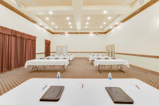 San Benito, TX: Event Center and Meeting Room