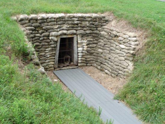 Petersburg, VA: tunnel dug to blast the crater