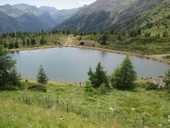 Peio, Italië: particolare del lago