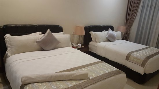 Lae, Papua New Guinea: Bedroom second floor very spacious