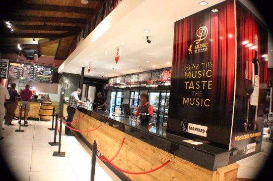 Bellville, Afrika Selatan: ...the bar area