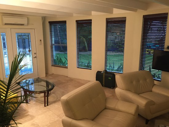 Azul del Mar: Living room of Royale