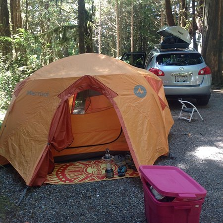 Green Point Campground: Our camping site