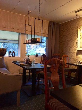 Lampeland, Norge: interno ristorante