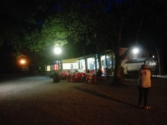 Piegaro, Italia: IMG_20170816_205241_large.jpg