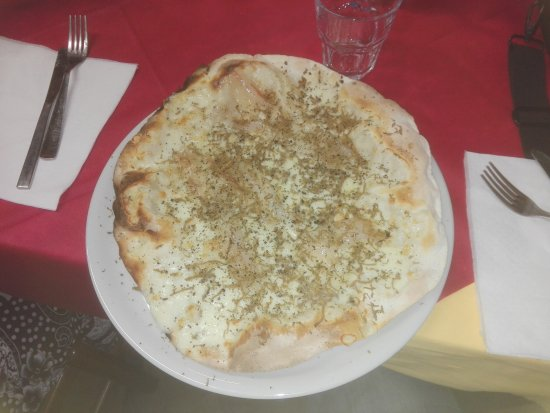 Piegaro, Italia: IMG_20170816_195835_large.jpg